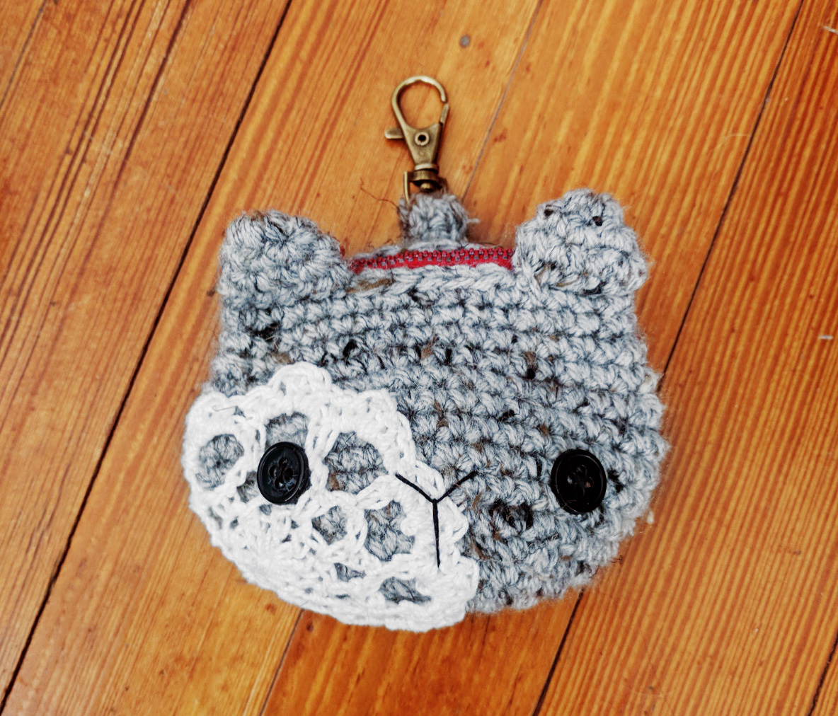 free-crochet-pattern-kitty-coin-purse (7).jpg