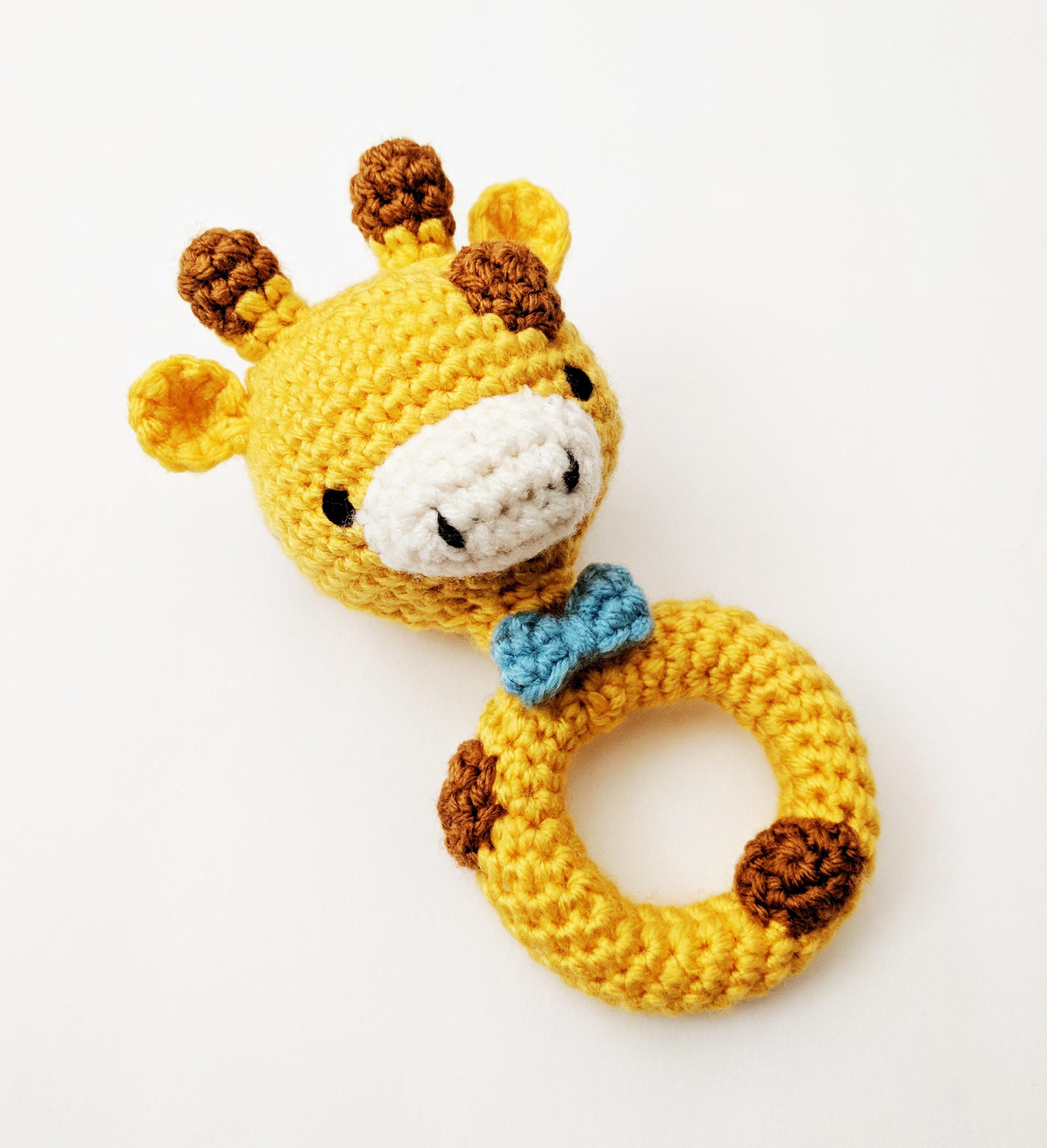 Monkey baby rattle crochet pattern | Crochet monkey, Crochet ... | 1097x1000