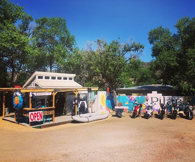 Heeelloooo WKND warriors 🌞✨ we are READY to rent you some FUN !! 🛵 scoot or float the #riograndestatepark in one of our NEW boats - tubes, kayaks, phat cats and boats available 👋🏽🌊 . Open 9-5 today & Sunday #riogrande #nm #newmexico #pilarnm #shedrio #shedrionm #scoottherio #visittaos #taosadventure #taosnm #riograndedelnortenationalmonument . 📍PILAR for a GOOD Time 😎