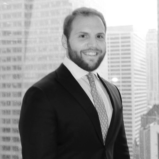 """Matt Saur  Advisory Board  Matt is an Associate at O'Melveny and Myers. Recognized as a Top 40 under 40 """"Dealmaker"""" by The M&A Advisor. Matt focuses his practice on mergers and acquisitions, private equity, venture capital, and other strategic and commercial transactions, including entity formation and structuring, on behalf of funds, family offices, individuals and companies. Mr. Saur has worked on transactions with an aggregate value in excess of $100 billion.  Mr. Saur has continuously been selected as a strategic advisor throughout his clients' and their investments' entire lifecycles–from early-stage and growth financing to late-stage and mature mergers and acquisitions. In addition, Mr. Saur has counseled numerous clients in commercial transactions, including stadium and arena developments, sponsorships, sports league formations, sports league entries, media-related transactions and licensing agreements. He has also served as a strategic advisor on several high-stakes litigation cases, including the famed Xerox Corporation suit, in which shareholders Darwin Deason and Carl Icahn sued, and ultimately settled with Xerox Corporation, which led to the takeover of Xerox by the plaintiffs.  You can red more about Matt's workout regimen, including his Yoga routine, in the  Wall Street Journal"""