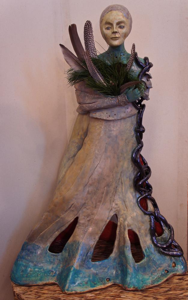 Gown Chain Cascade