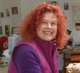 Joan Menapace