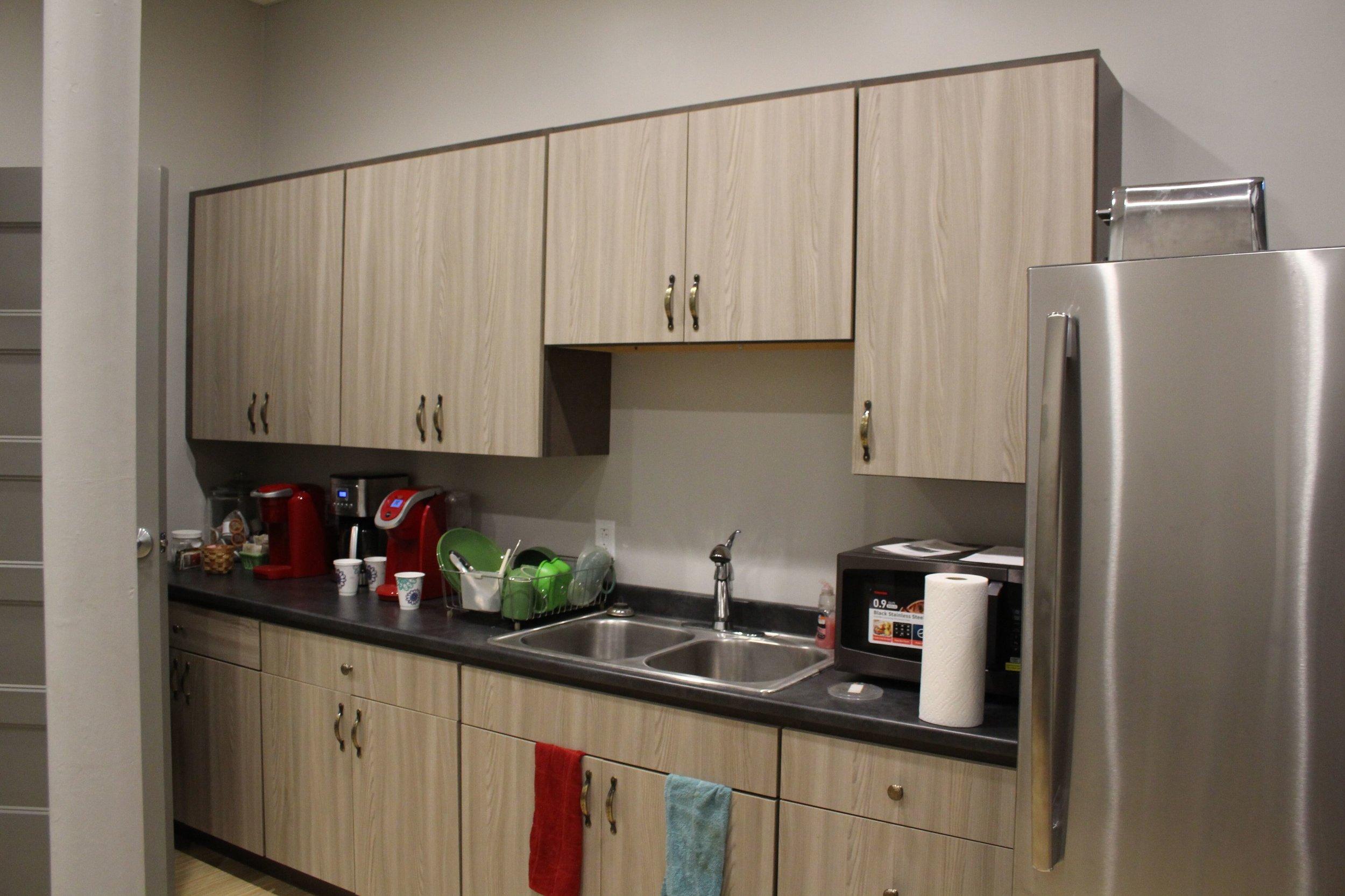 90 Main Kitchen.jpeg