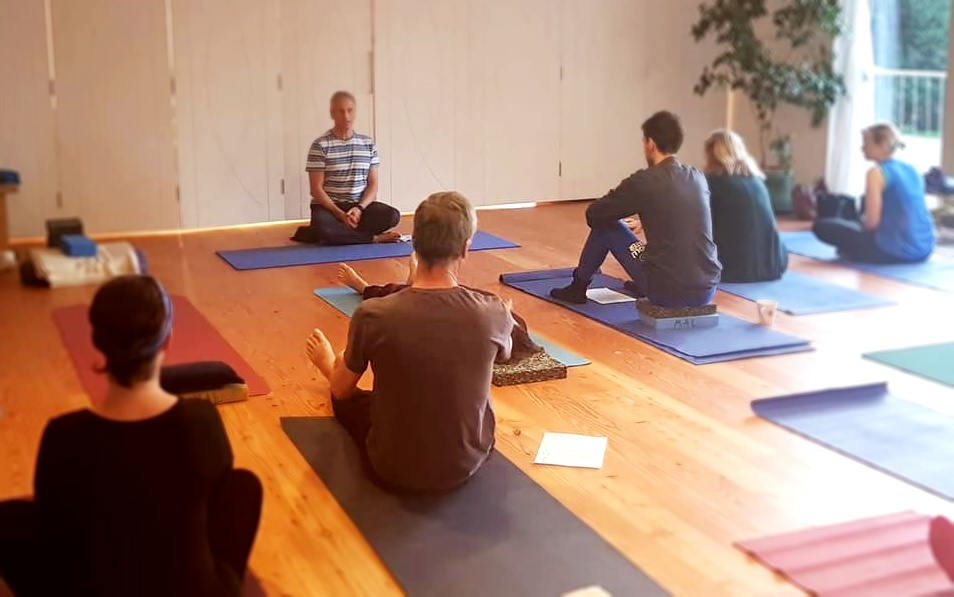 Yoga, meditation and rest - Weekend retreats offer you a perfect opportunity to deepen your meditation experience with group meditations, some gentle yoga and plenty of rest.