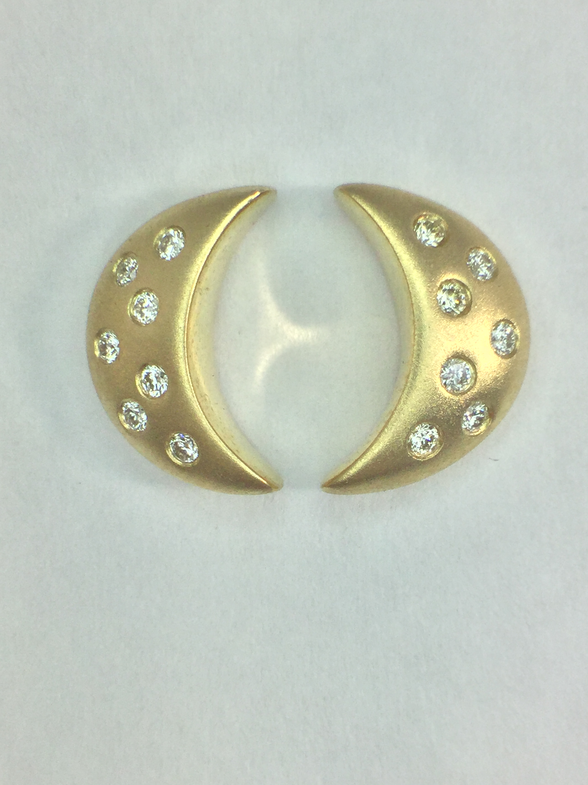 14k Yellow Gold Moonlight Stud Earrings with Diamonds