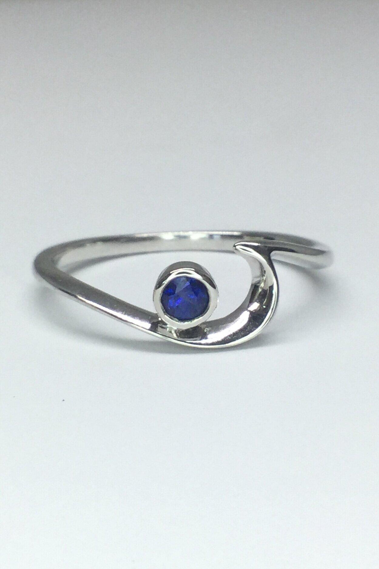 14k W/G Sapphire Waveseeker Ring