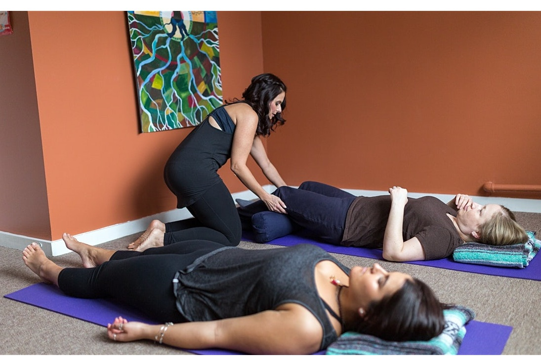 SHP-Renee-yoga-shoot-128-IMG_1260.jpg