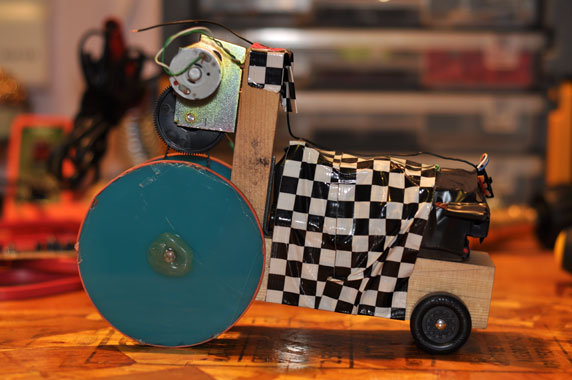 e-pinewood-derby-car-6.jpg