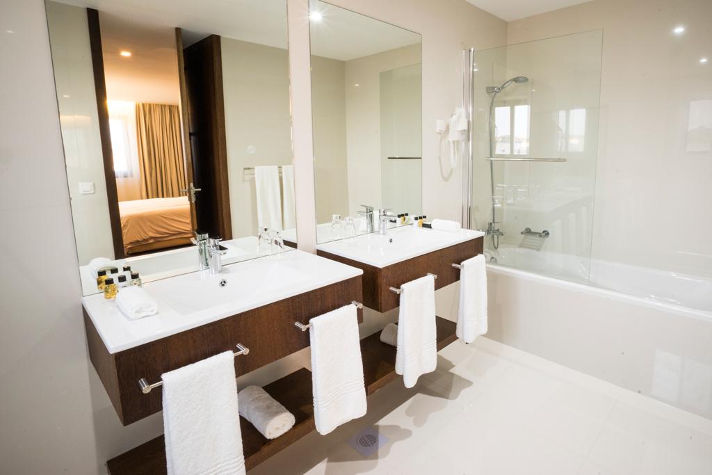 Fiesta Residence Suite-Bathroom.jpg