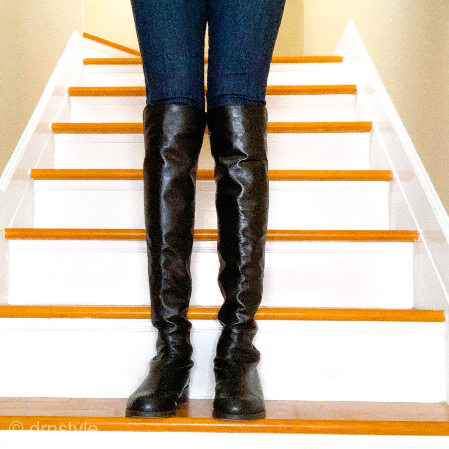 knee high boots and skinny jeans-min.jpg