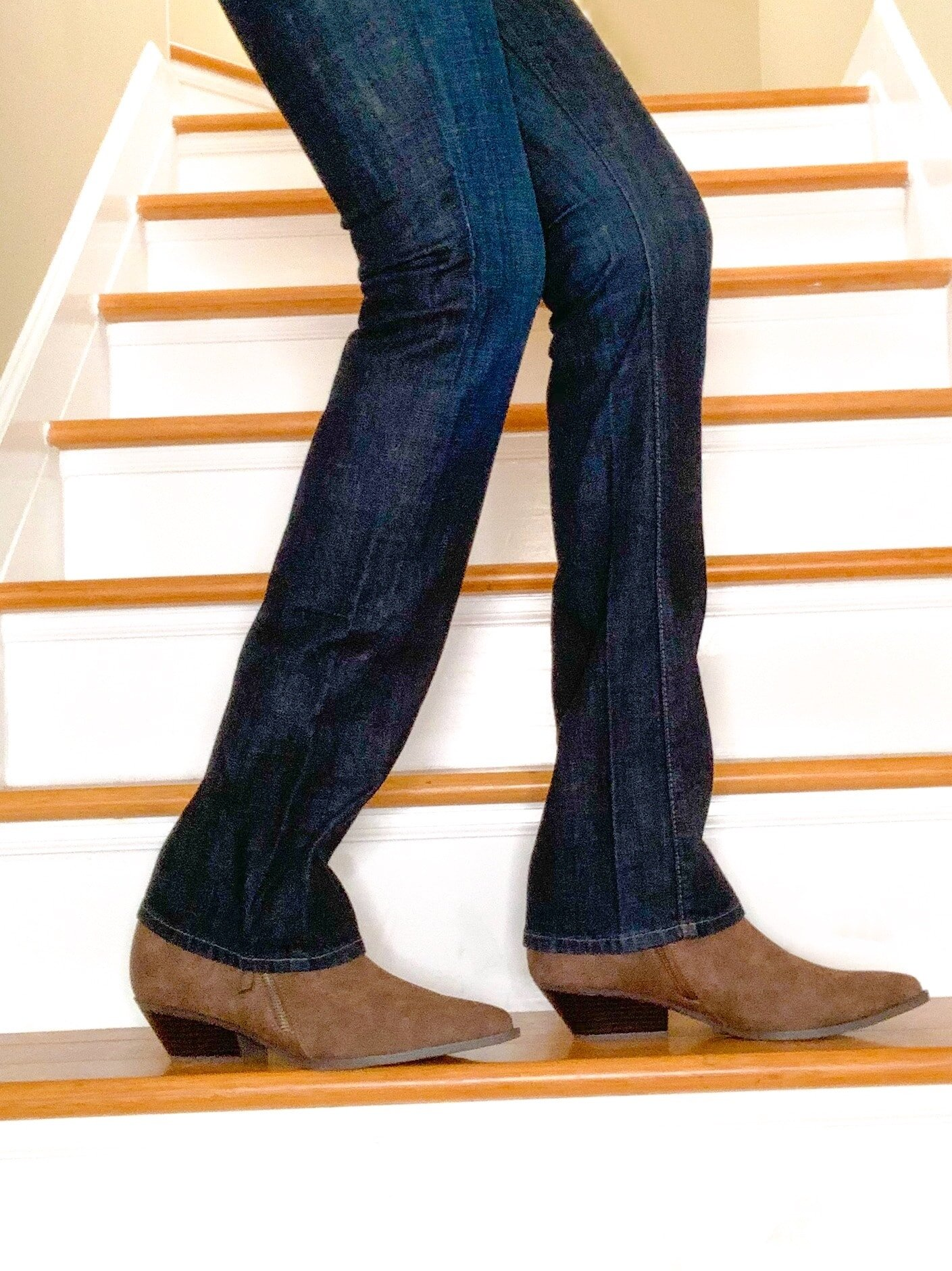 bootcut jeans and low boots-min.jpg