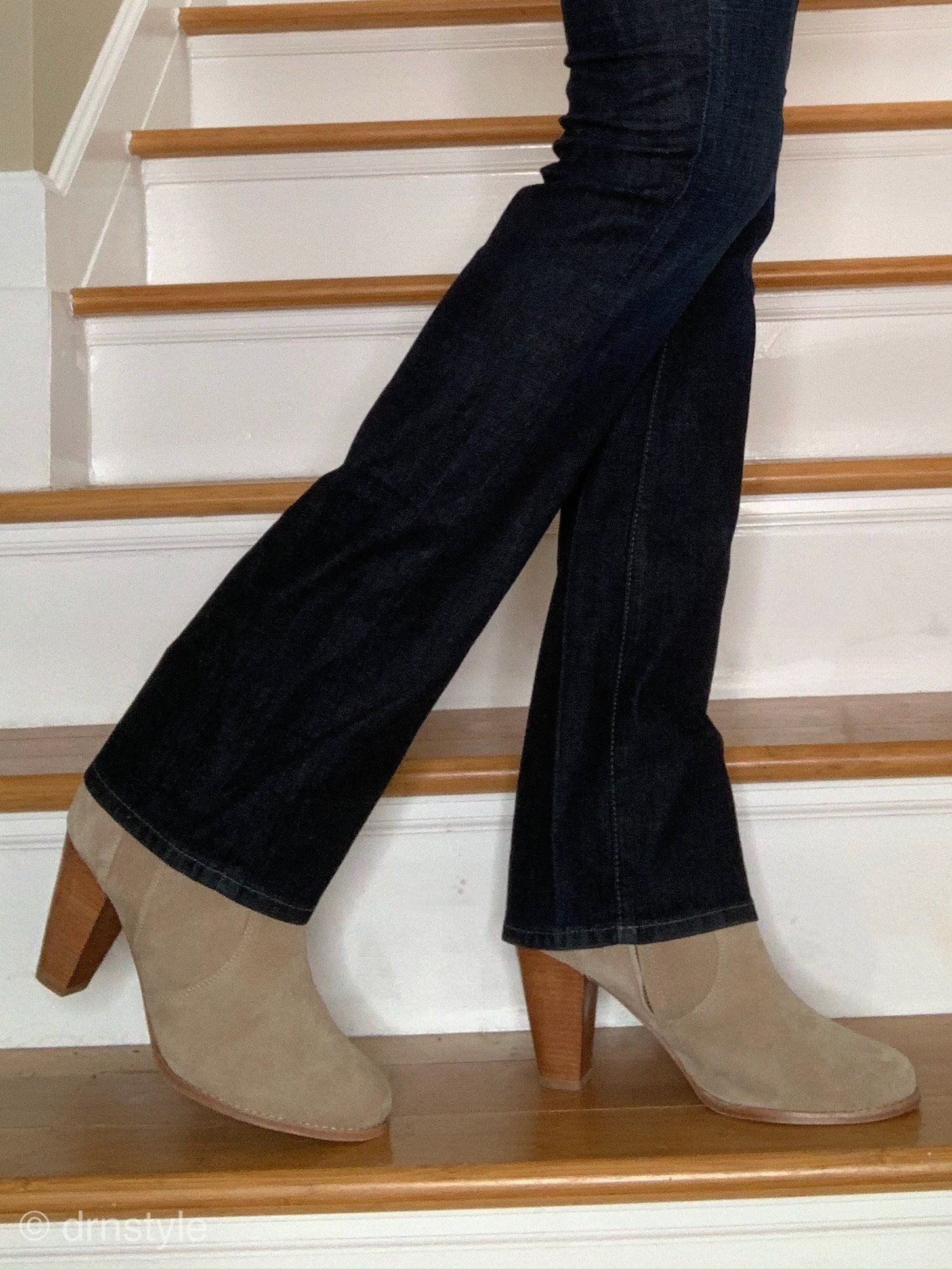 bootcut jeans and ankle boots-min.jpg