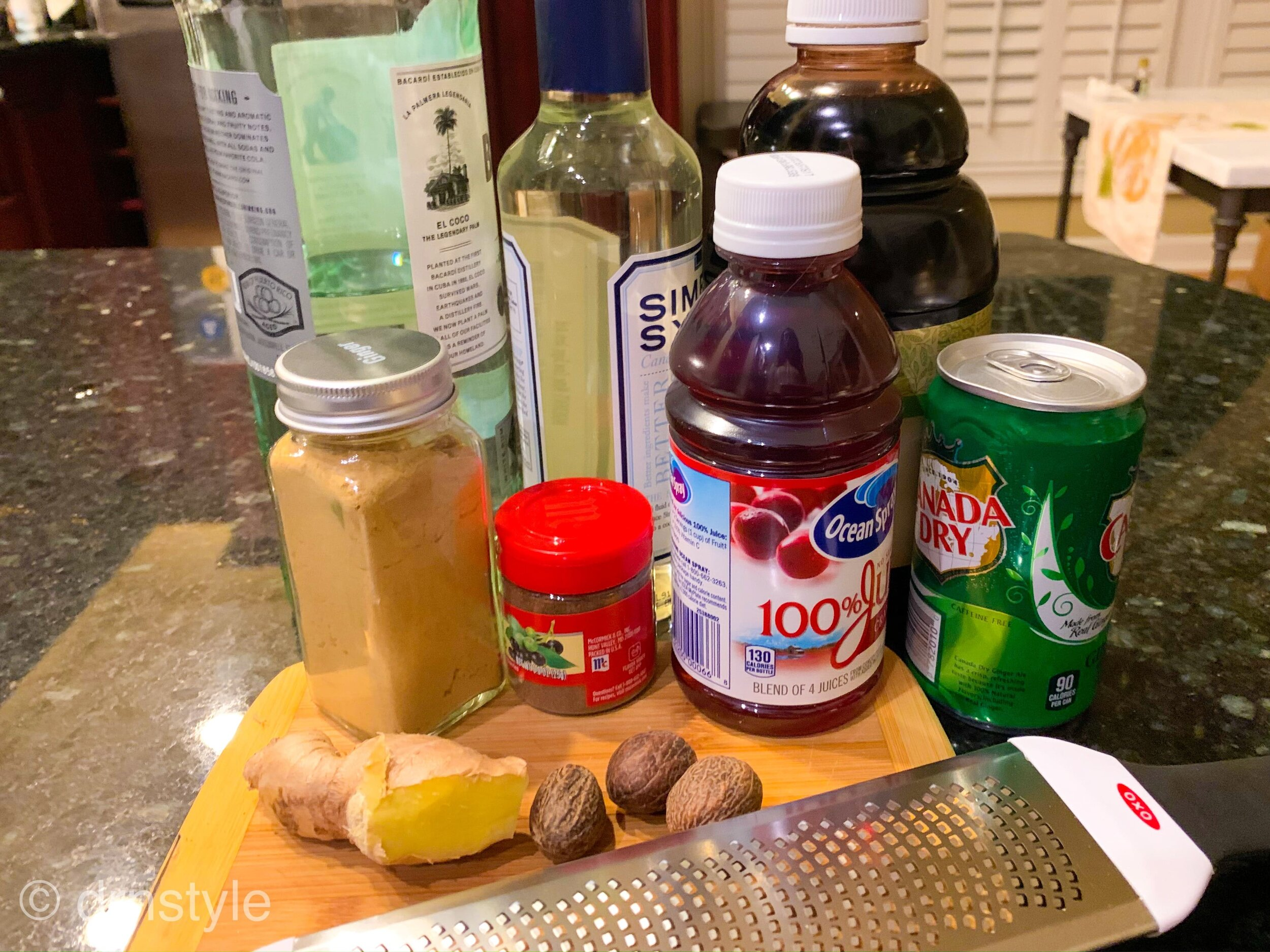 christmas punch cocktail step 1