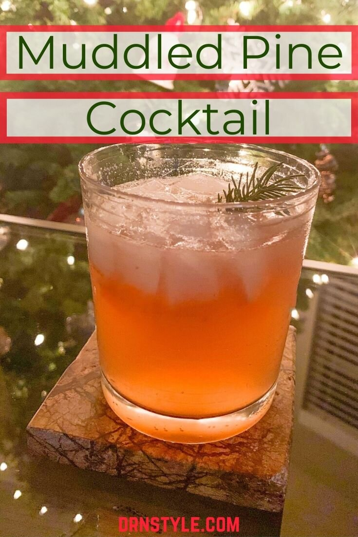 How to Make a Christmas-Themed Muddled Pine Cocktail