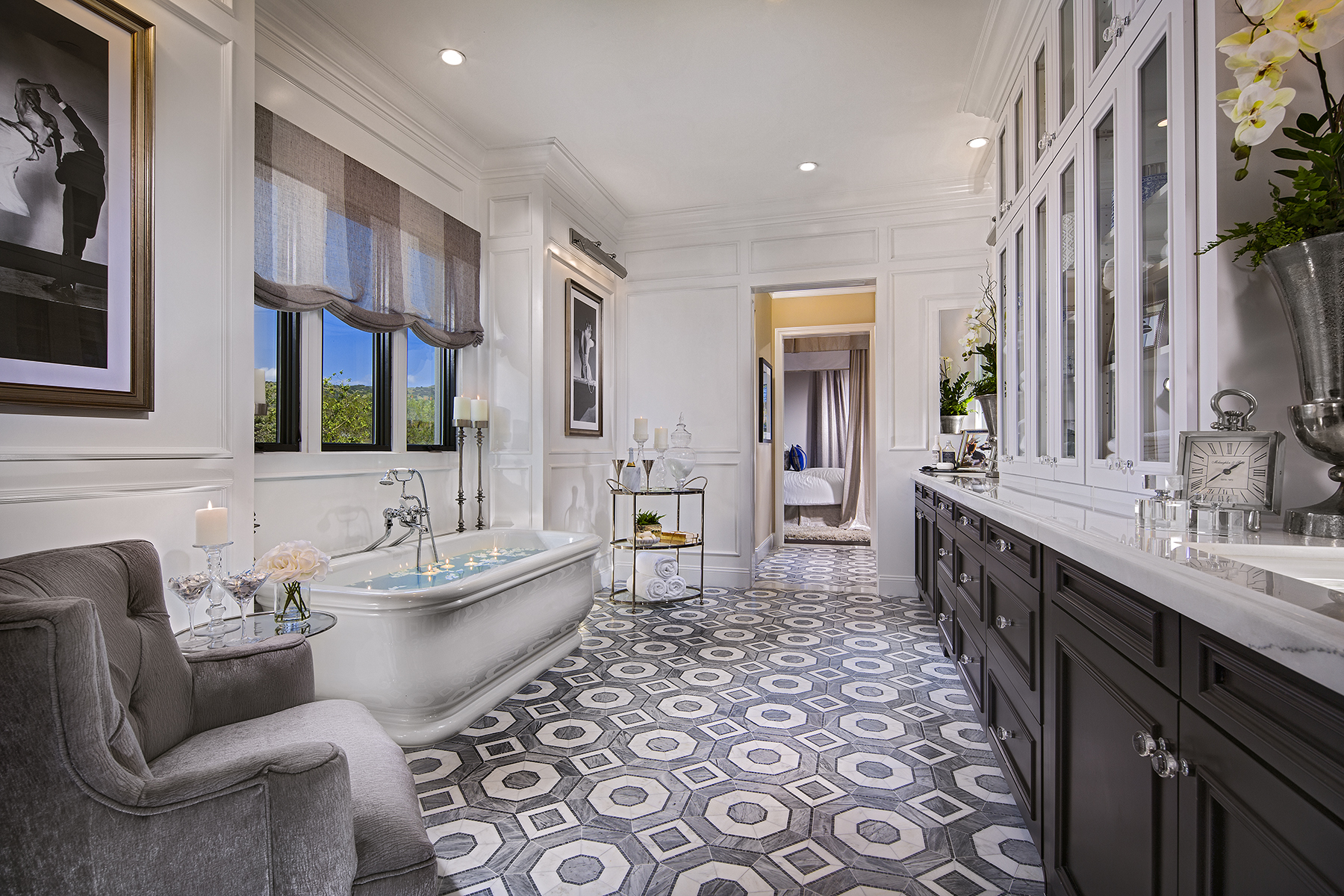 1624-02_PL3_Master_Bath_The_Oaks_DavidsonCommunities_EricFiggePhotos.jpg