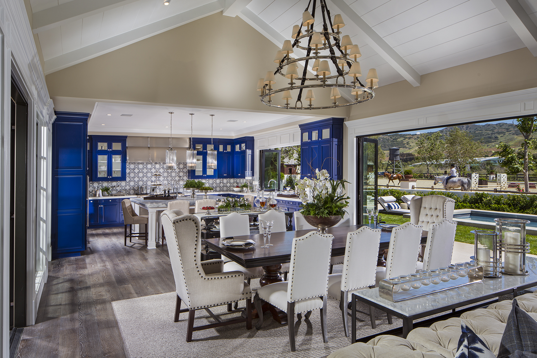 1624-01_PL3_Kitchen_The_Oaks_DavidsonCommunities_EricFiggePhotos-2-1.jpg
