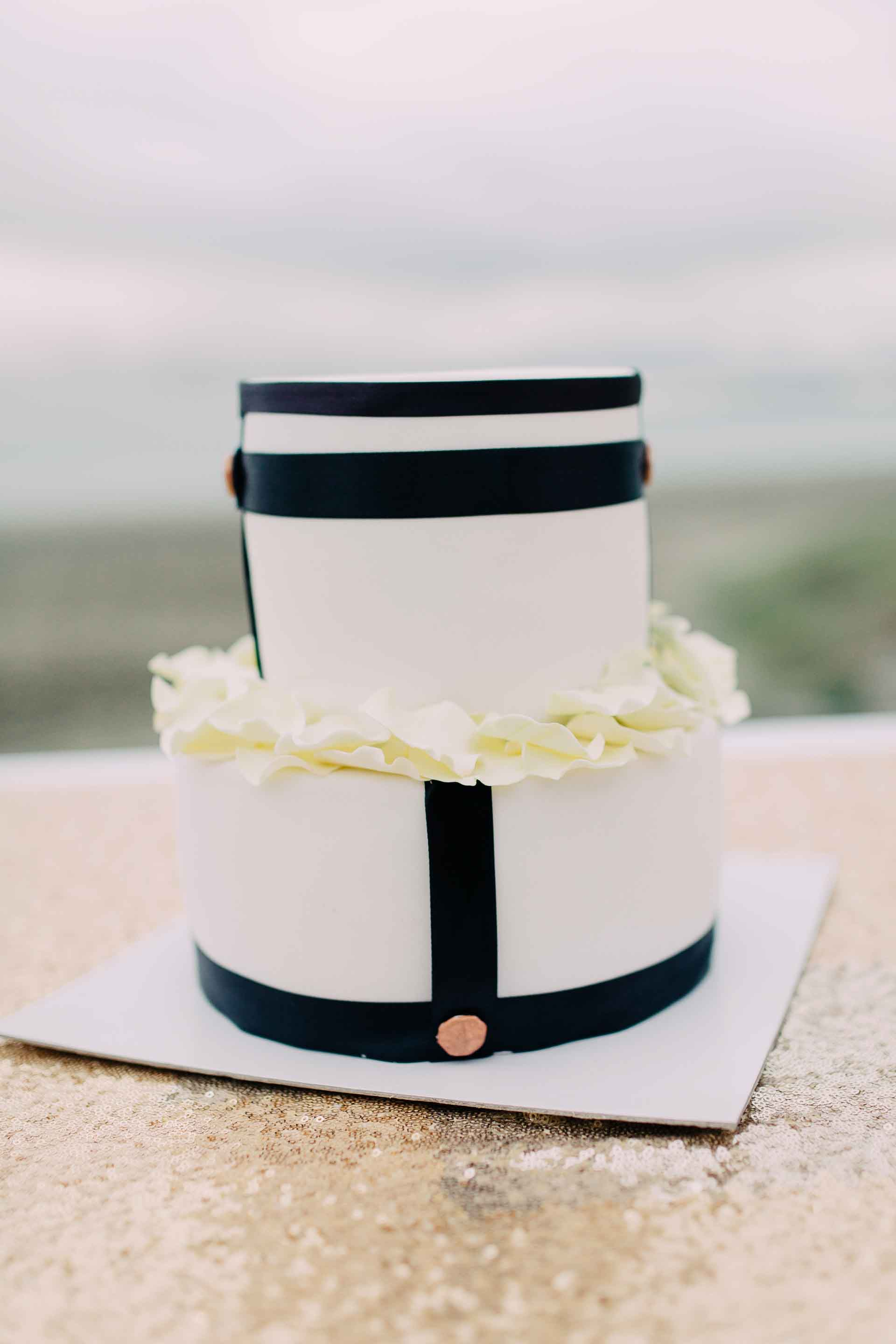 Classic and timeless black and white wedding cake for this Fiji wedding.