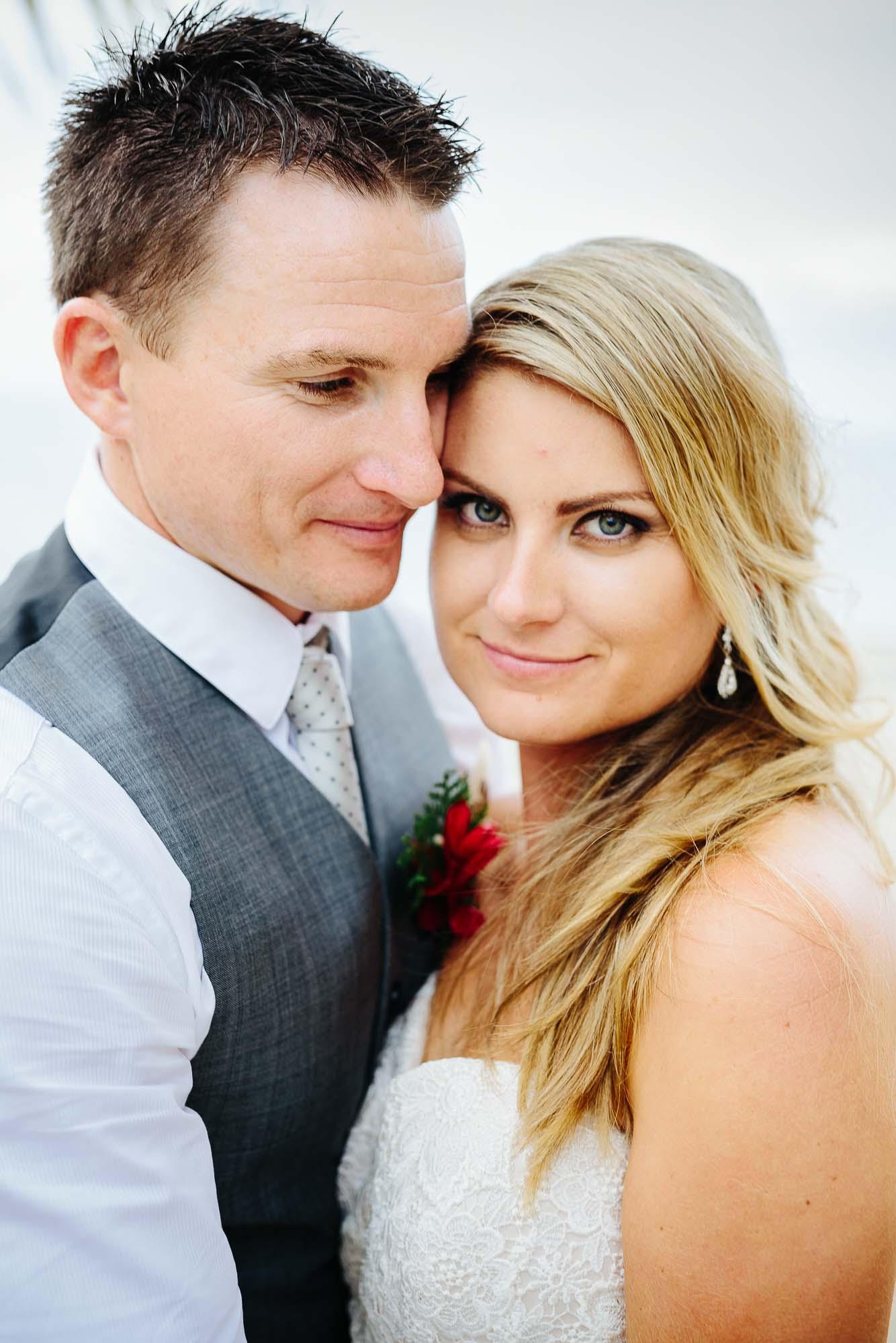 29-Annette-Andrew-Sofitel-Fiji-Wedding-40.jpg