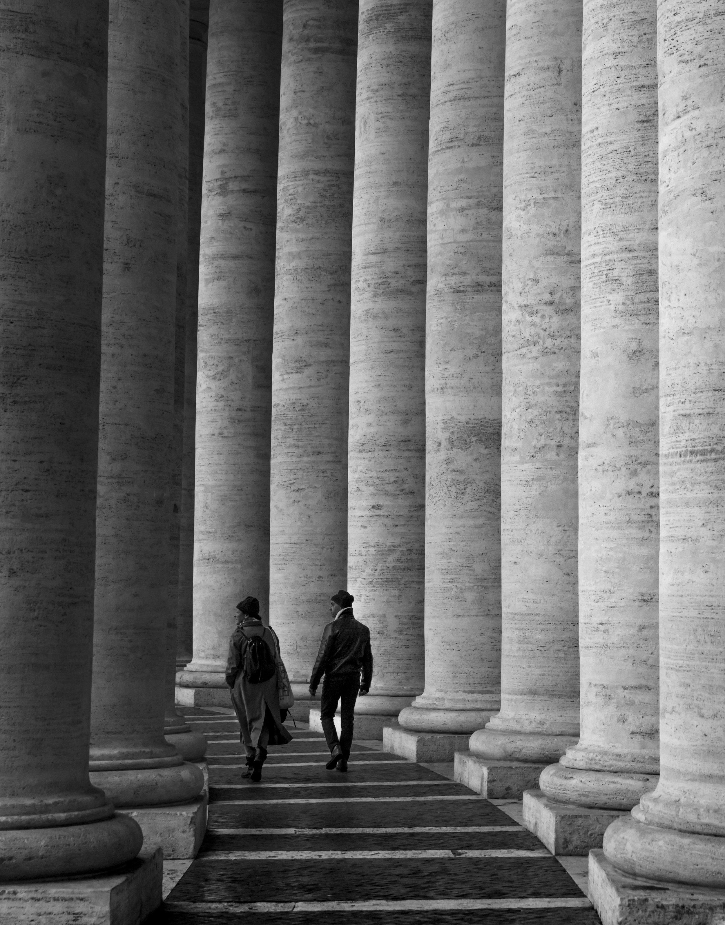 Copy of FrancescaDonnoli_Chiaroscuro_PhotographicPrint_70x57.jpg