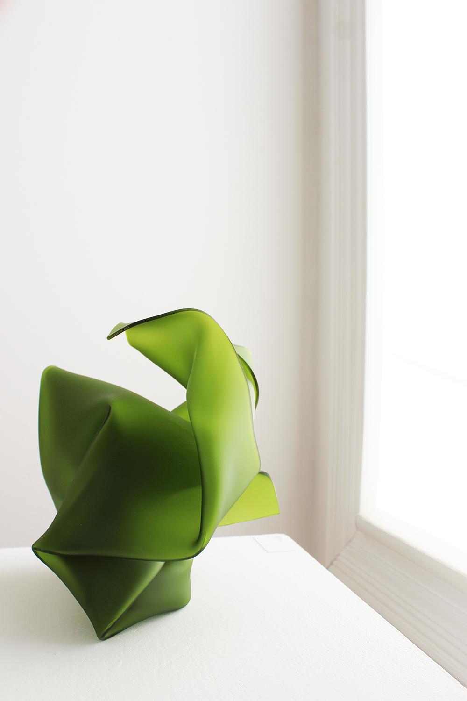 'Green Fold', Romain Quattrina, Plexiglas, 27x24x23cm