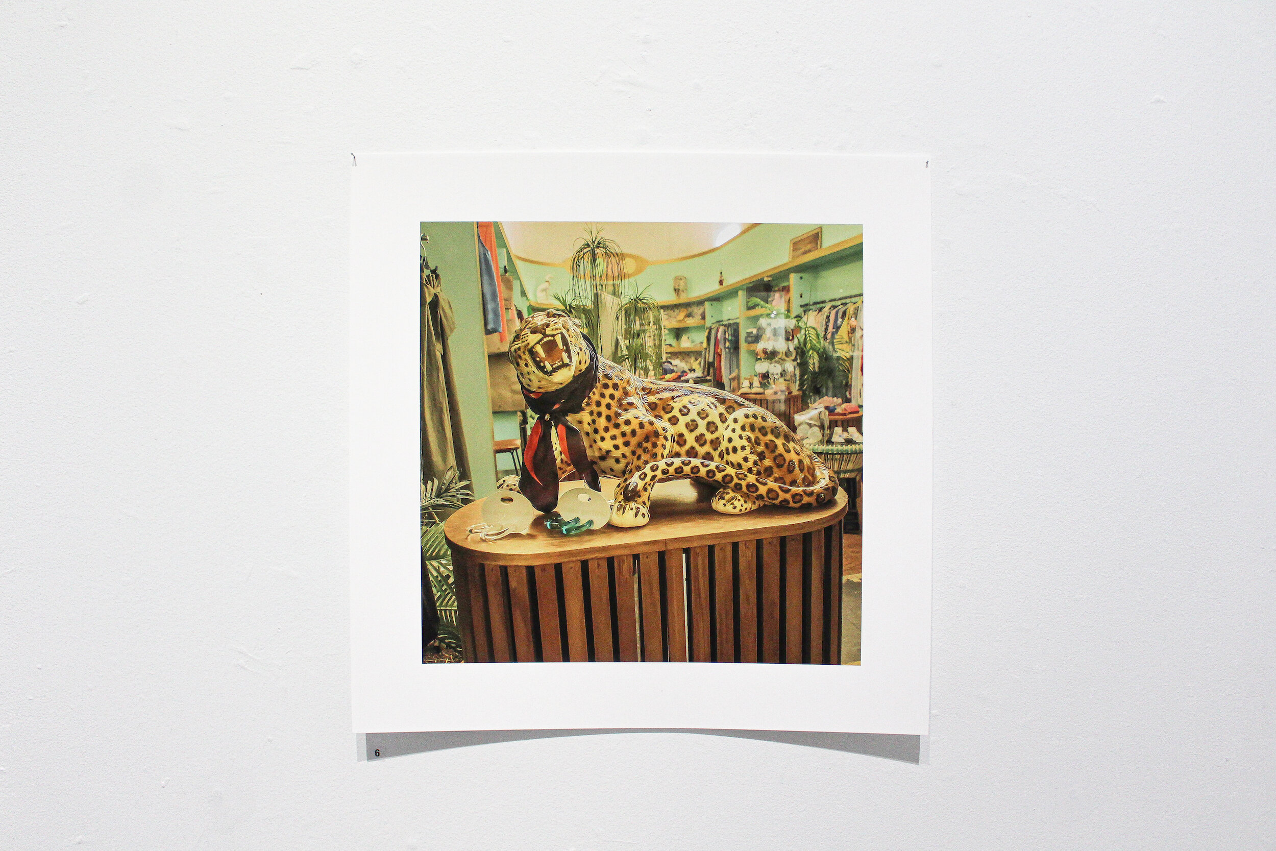 Lindsay Mott,  I will keep strangers away , giclée print, 32 x 32cm