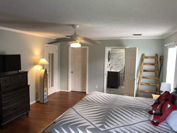 Painting, Crown Molding, Baseboard Trim Install