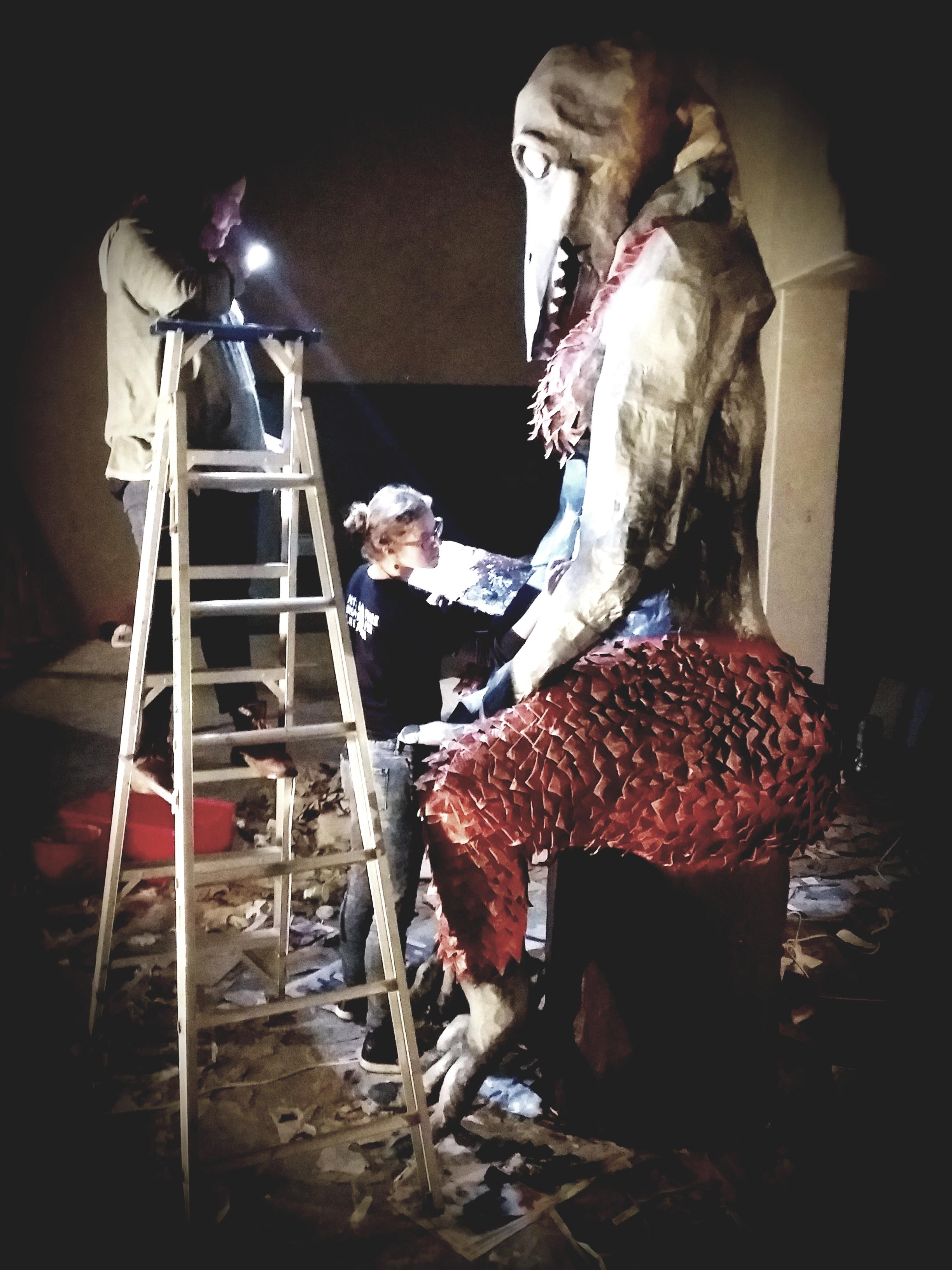 Leda Farrow and Jen Eccles working on the Lōemis 2018 effigy.