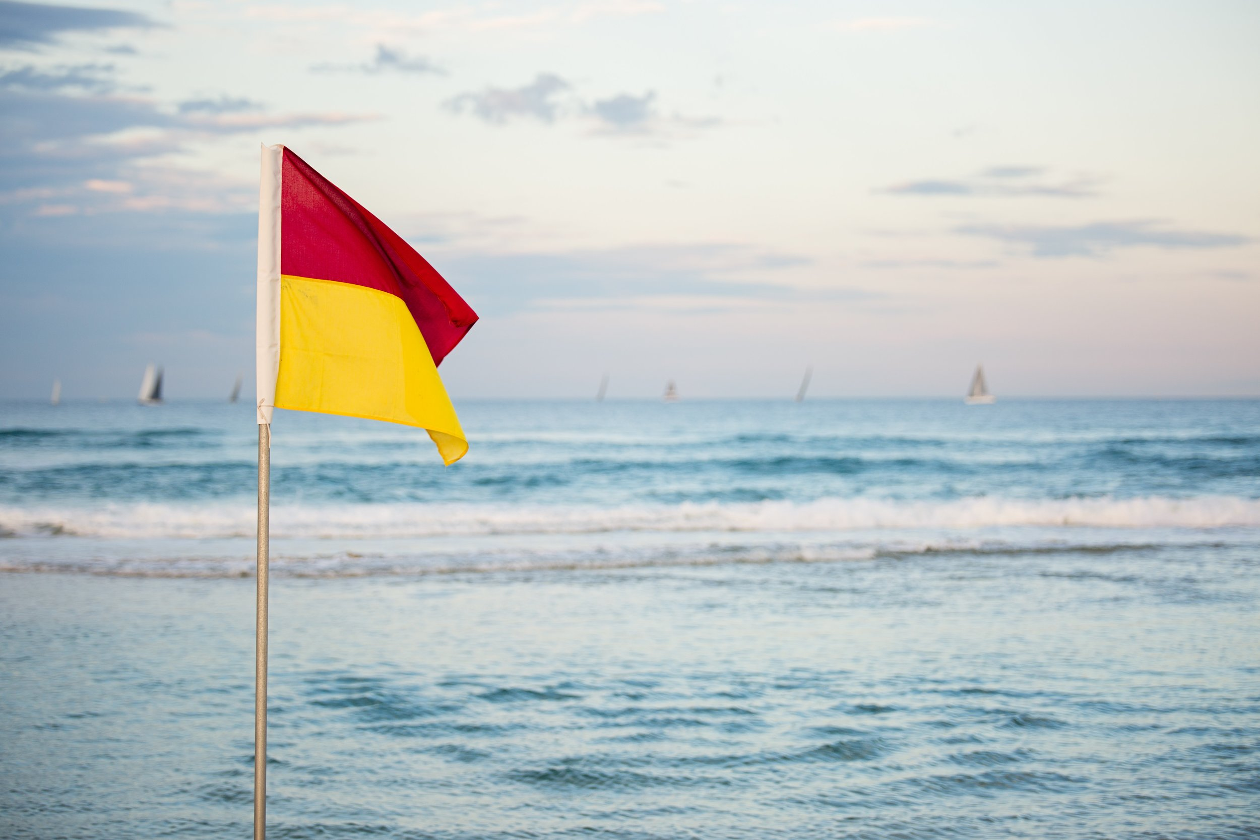 australia-beach-flag-1199182.jpg