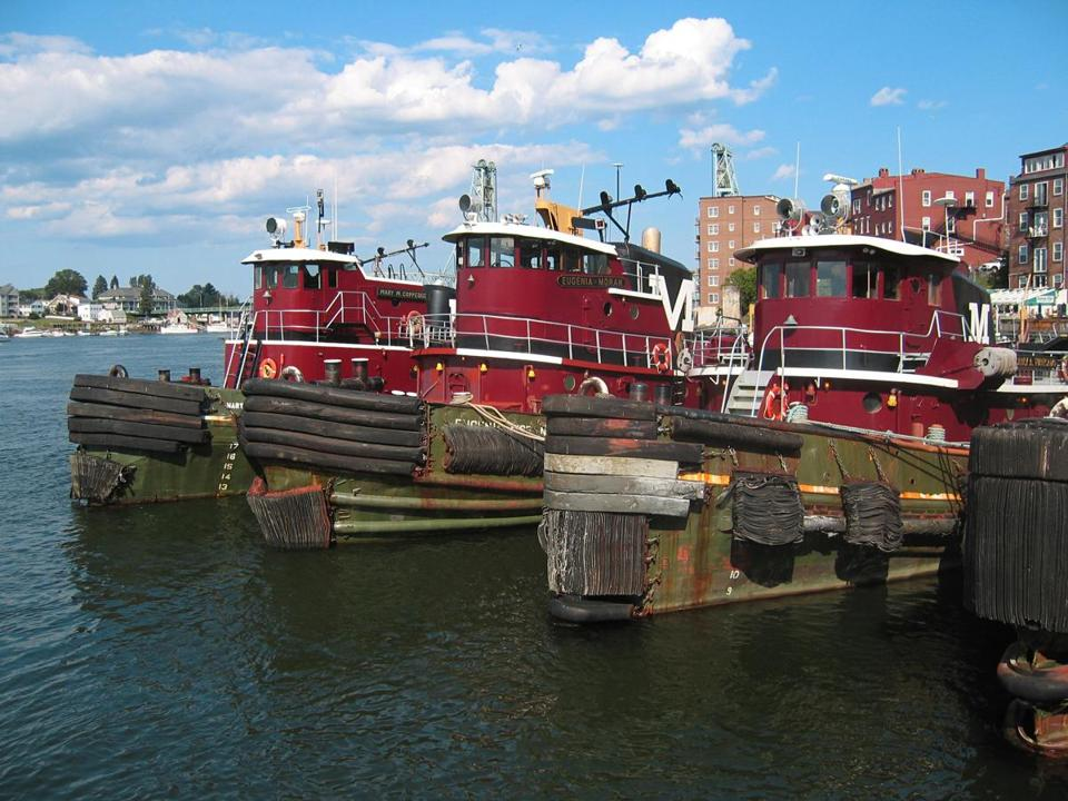 TugboatsPortsmouthNH.jpg