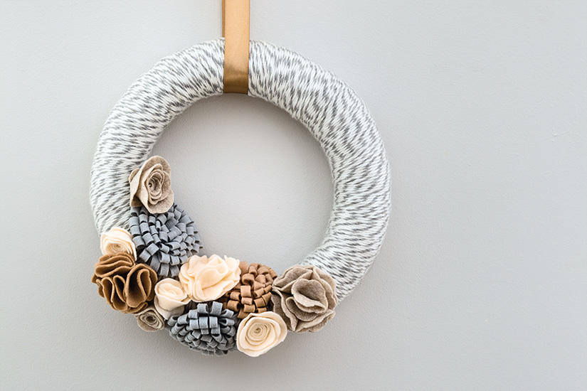 Style at home: DIY PROJECT: WINTER WREATH