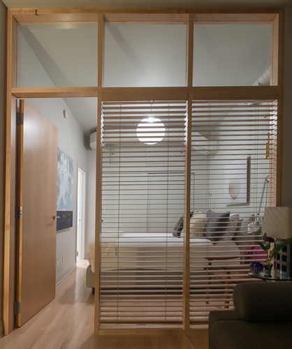 Bedroom : custom maple partition.