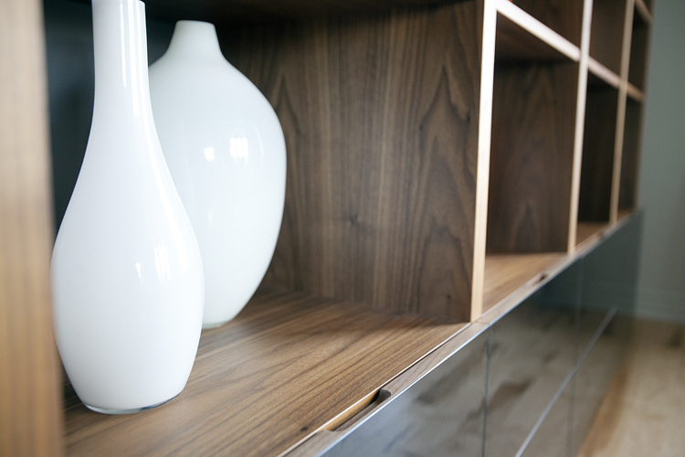 Dining Room : wall unit detail.