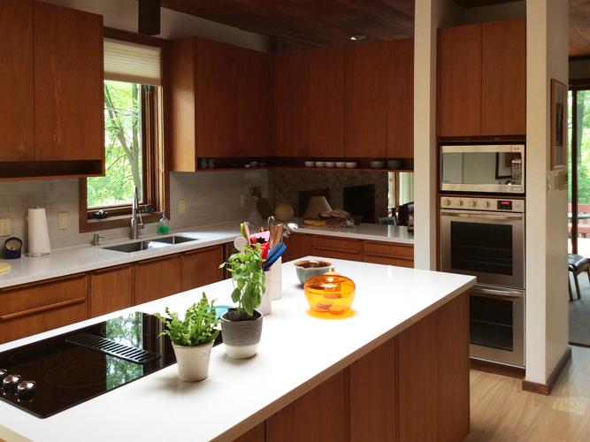 Marshall Kitchen 11 Yvonne Potter Interior Design Ottawa.jpg