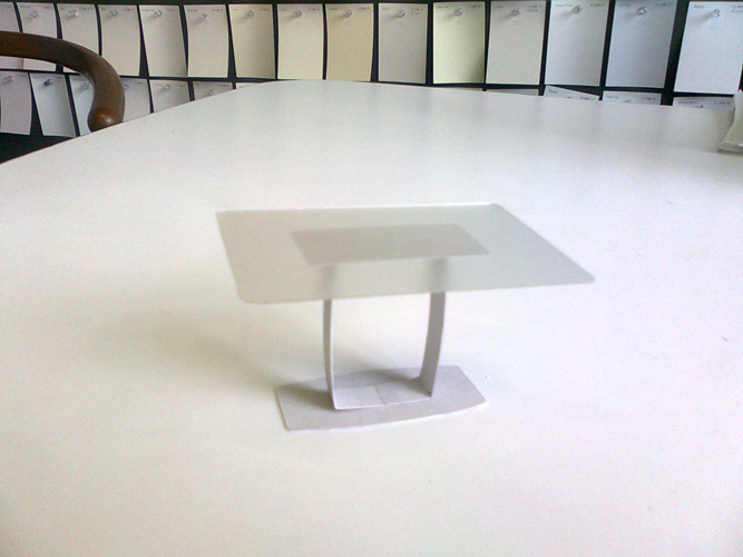 131 Holland Table : Maquette.