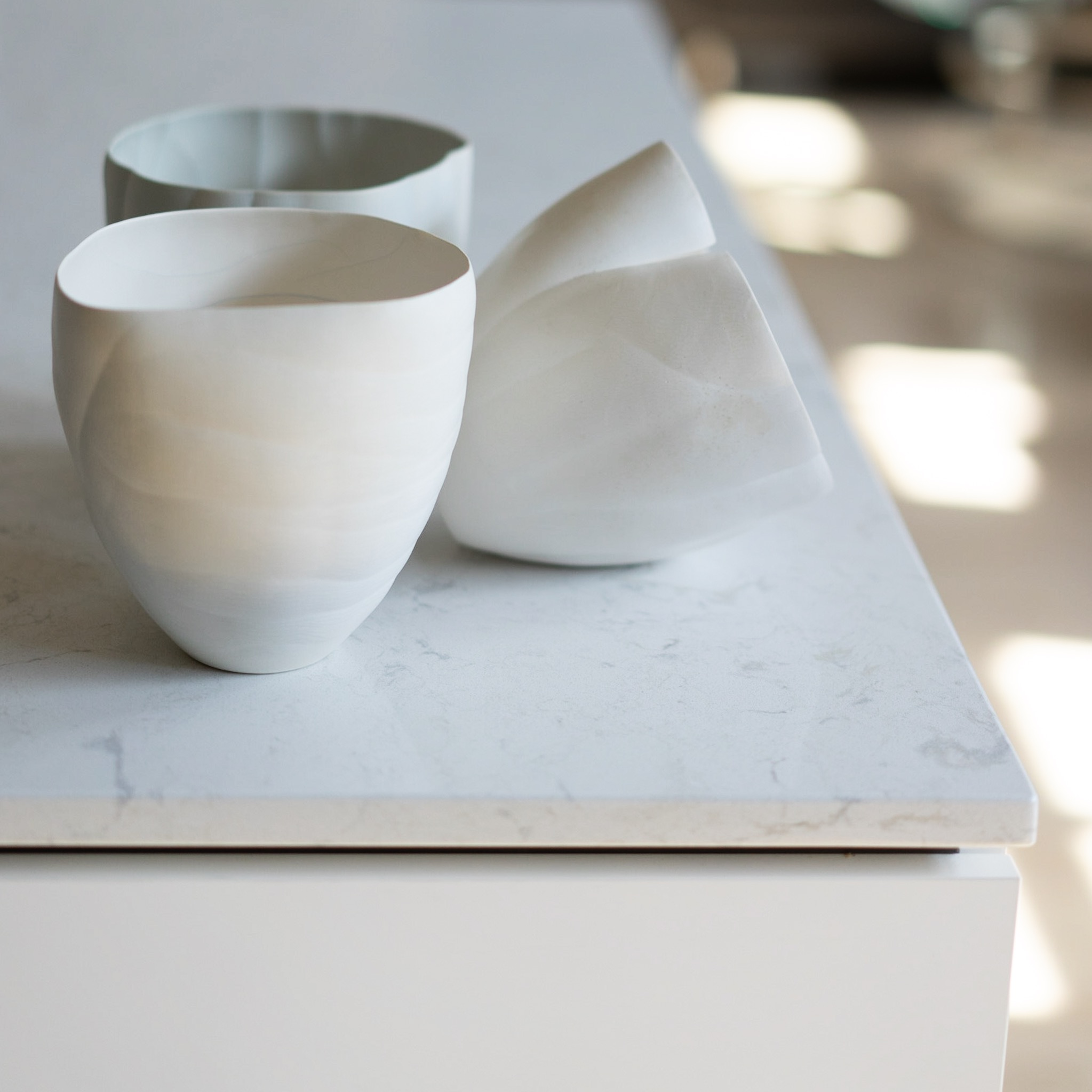 Kitchen Island : floating top detail.
