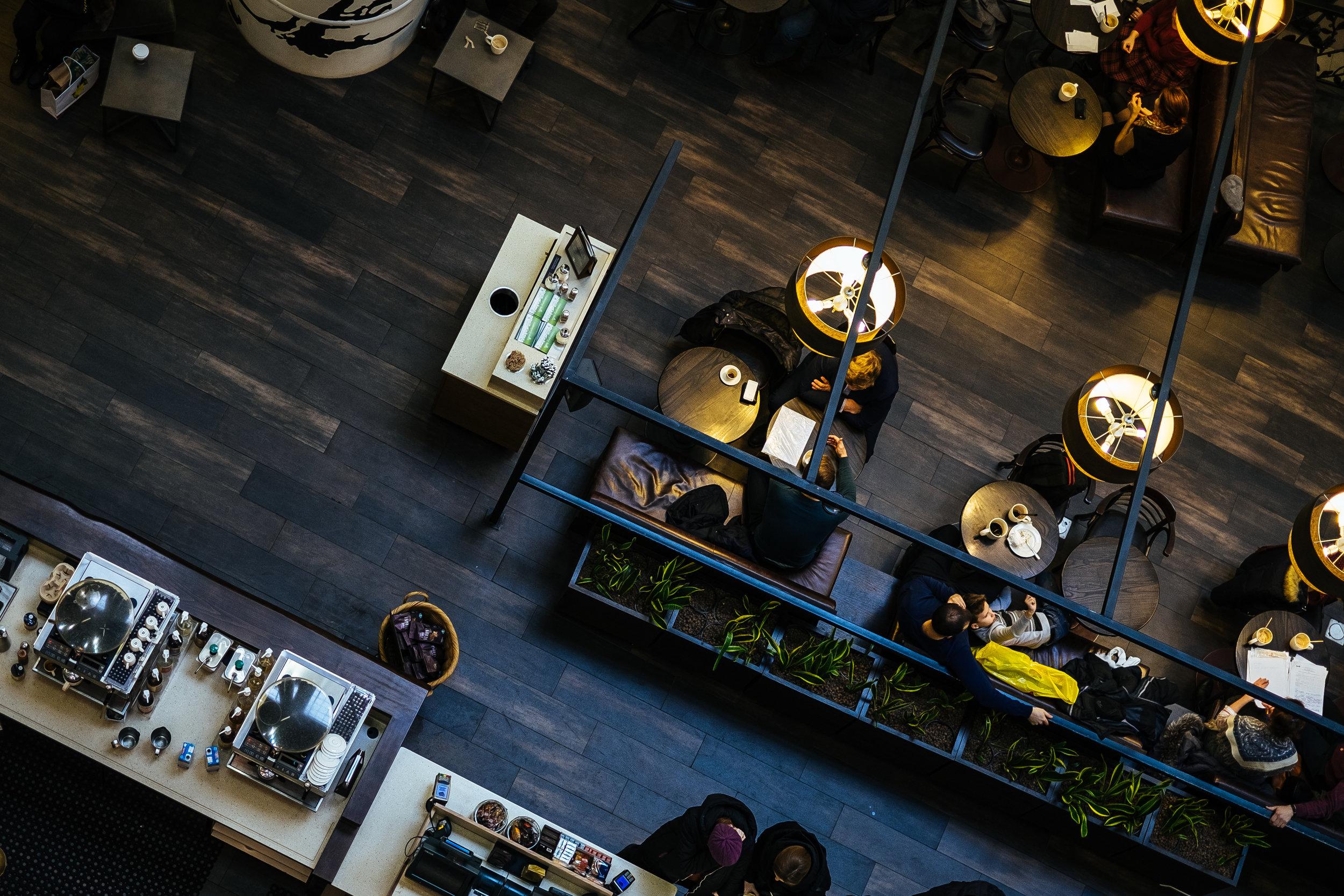 Atendemos construtoras, incorporadoras, hotéis restaurantes e escritórios de arquitetura. - Conheça as vantagens:Condições especiais de pagamento Customização dos produtosAtendimento personalizadoPrazo diferenciadoEntregamos em todo brasil