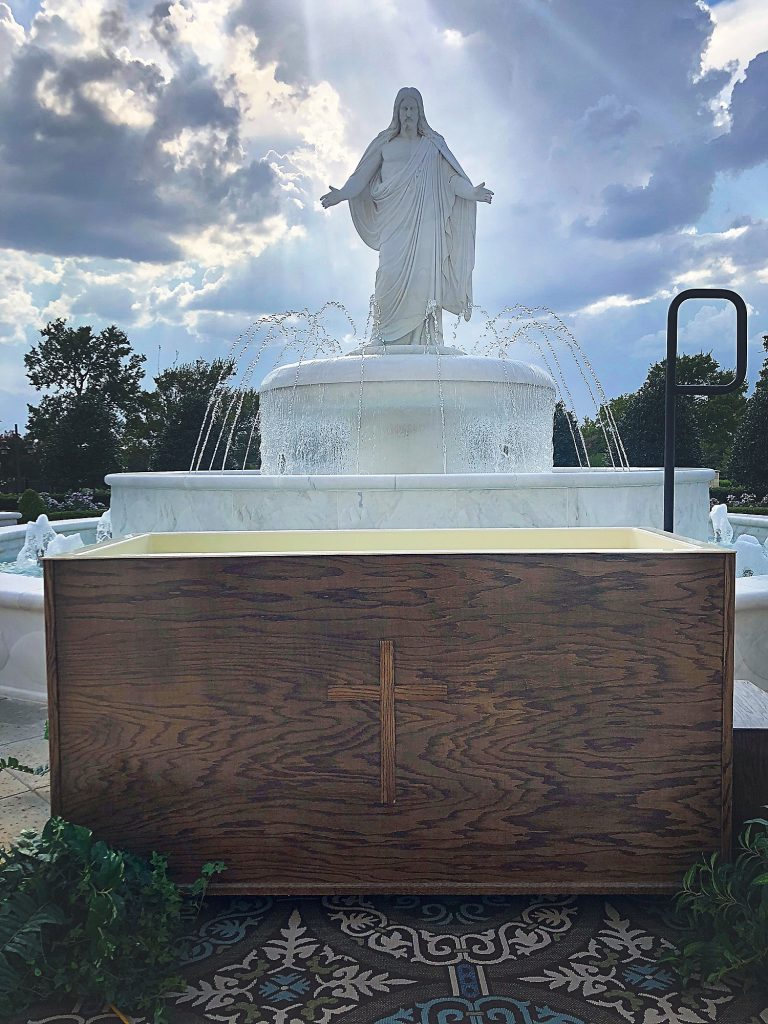 adult-baptism-photography_0023-768x1024.jpg
