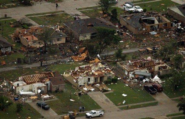 Tornado0403_t607.jpg