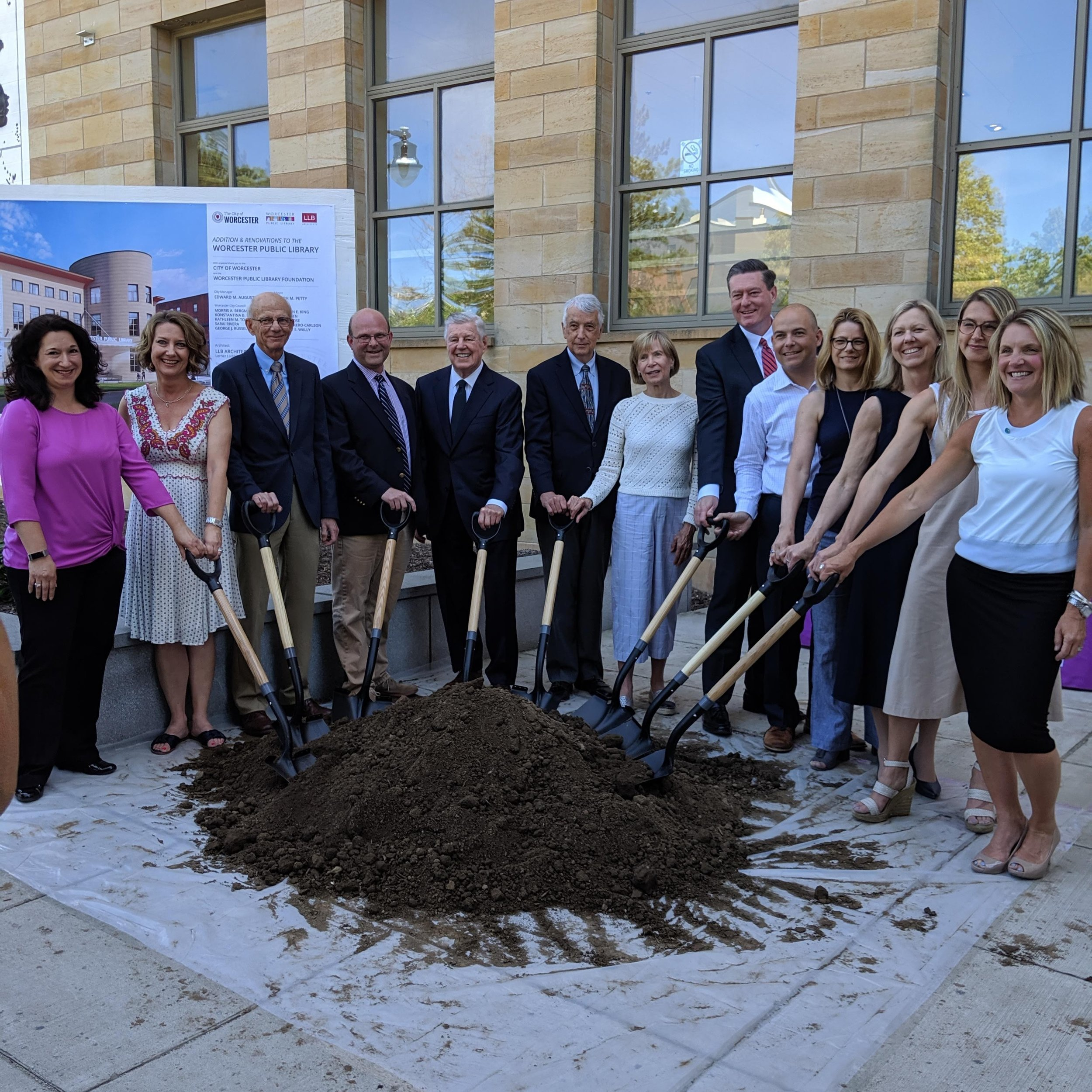 Leaders from the City of Worcester, the Worcester Public Library Foundation, the Board of the Worcester Public Library, and others, breaking ground for the planned expansion.