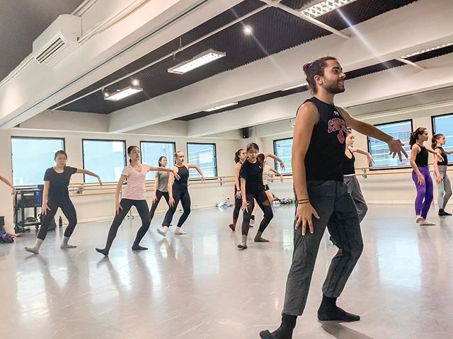 Throwback to an awesome week with @joeaichd @bodytraffic  #hongkongdance #hongkongdancestudio #contemporarydance #shiftyourworld #shiftdanceintensive #hongkongdancers #hongkongdancer #hkdance #hkdancers #moderndance #ladancers #hkballet #worldwidedance #worldwidedancers #dancersoftheworld #dancersofinstagram #dancerslife #hkdancenews