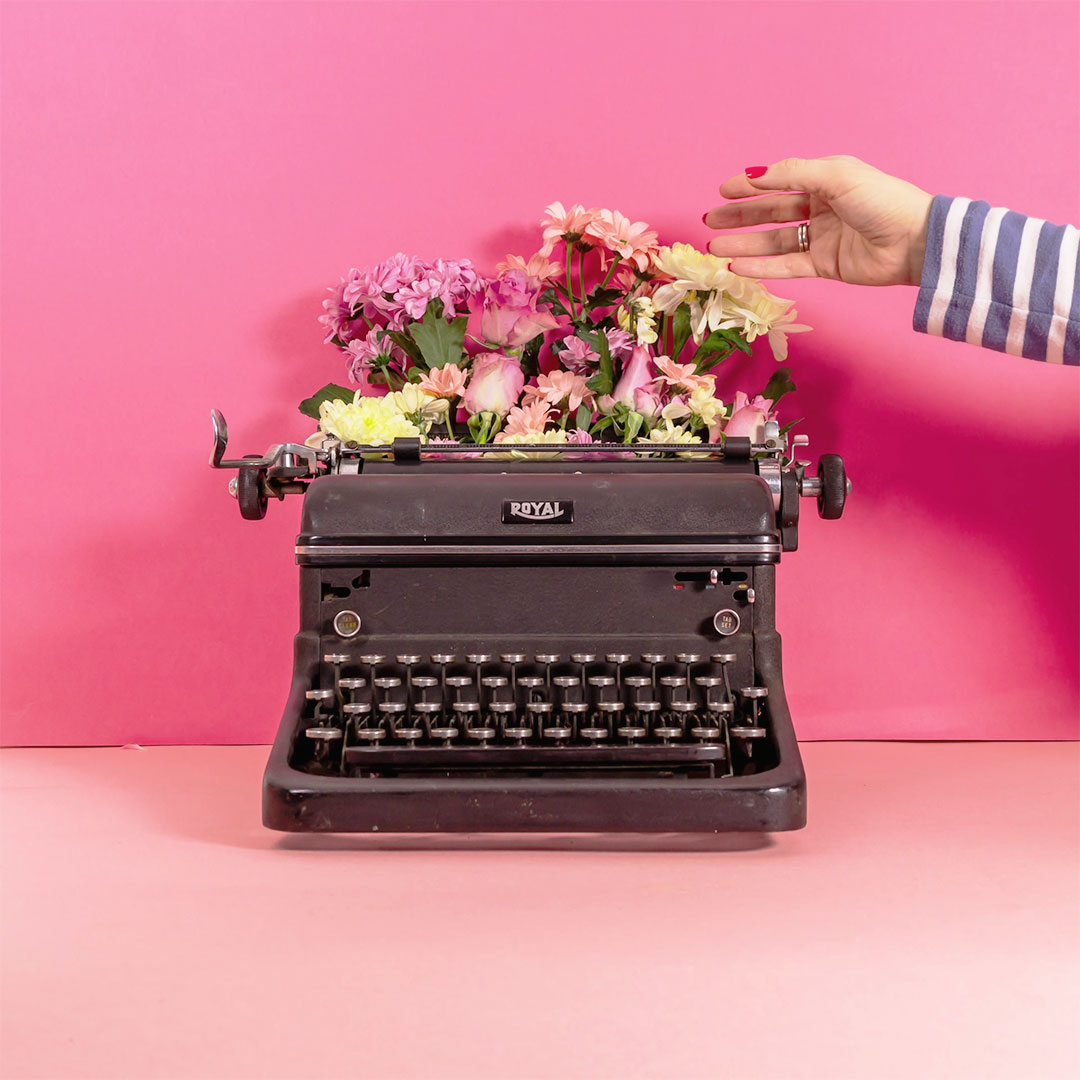 Typewriter-Flowers-Stop-Frame-Animation.jpg
