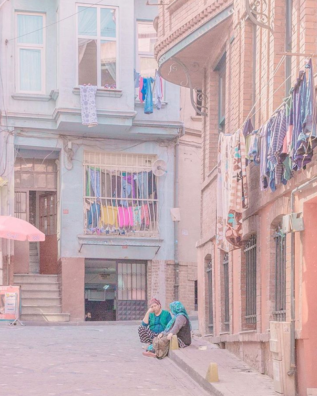 @teresacfreitas uses a lovely pastel colour palette.