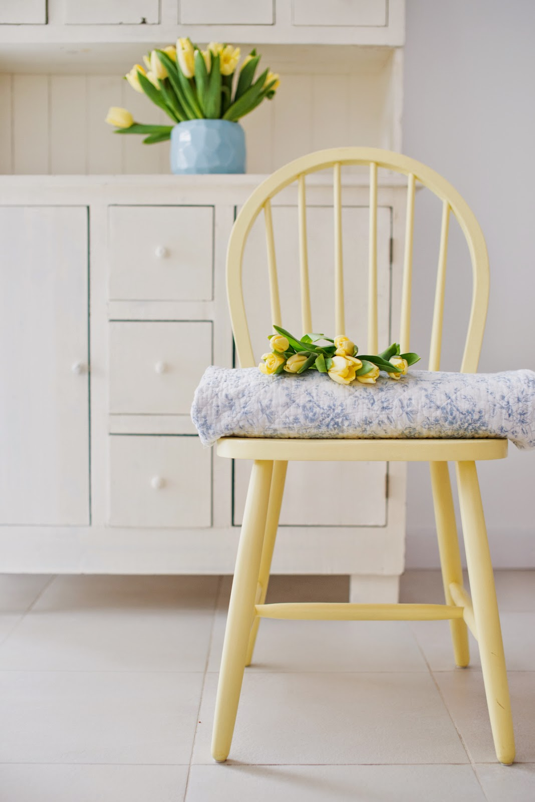 Lovely spring image from Minty House blog.