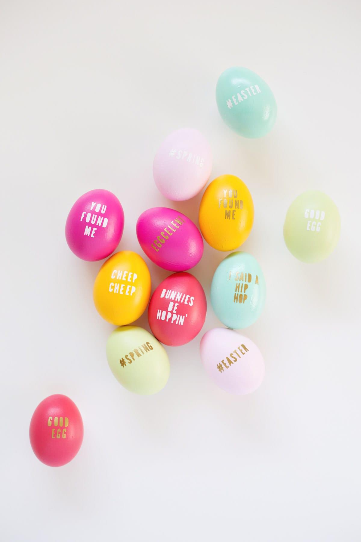 DIY typography Easter eggs by  Lovely Indeed .