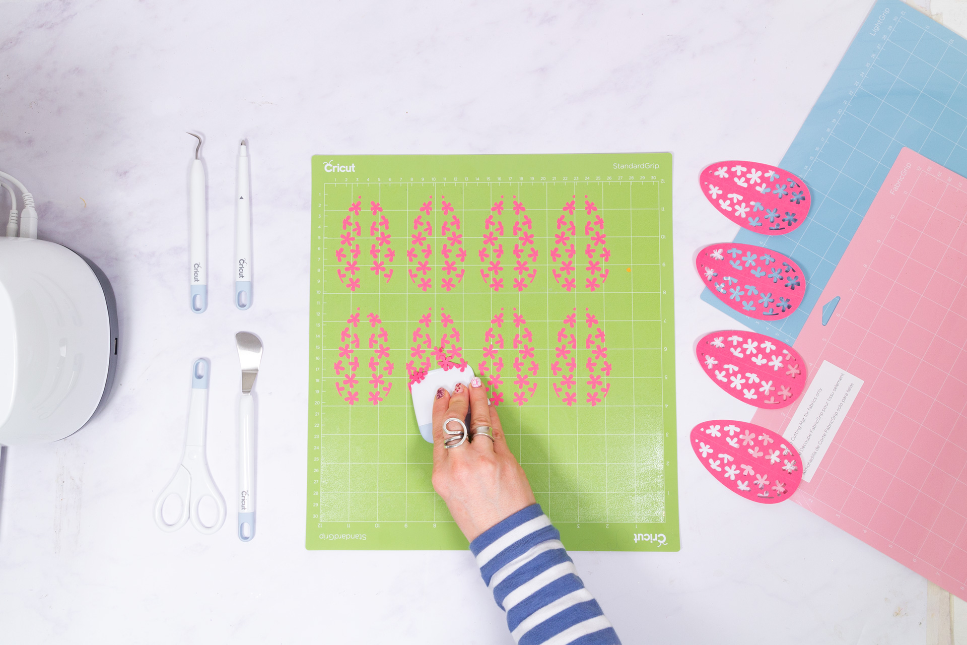 One of my favourite tools is the Cricut scraper tool
