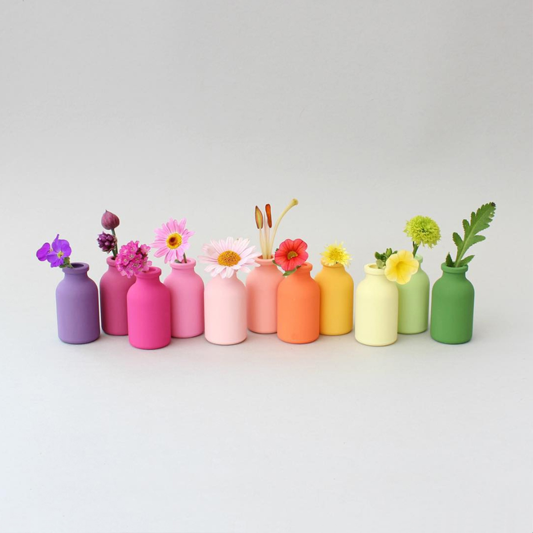 Masters of Instagram Content Creation: Caroline South | Rainbow of vases with flowers