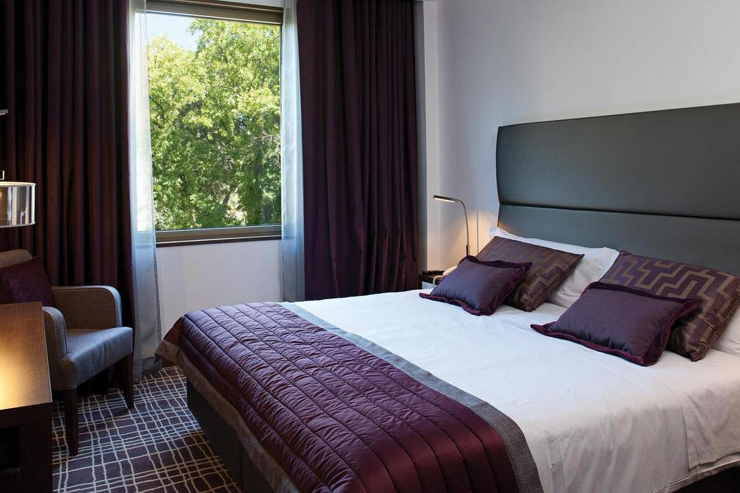 neya-lisboa-hotel-hotelneya-quartos_-quartos_quarto_duplo-web.jpg