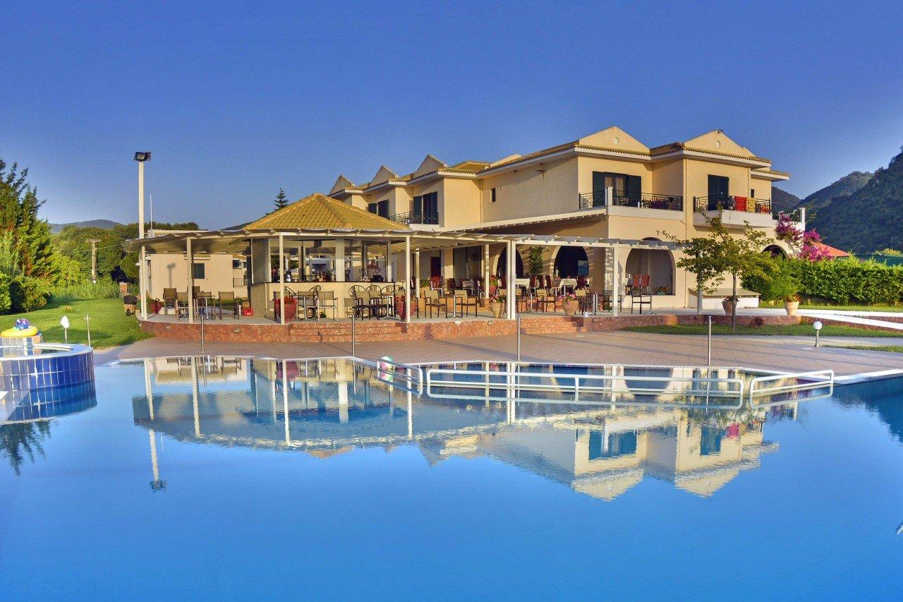 hotel-coralli-sivota-1280x853.jpg