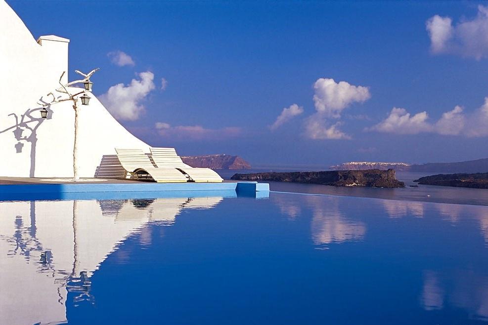 Astarte_Suites_Boutique_Hotel_Infinity_pool2.jpg
