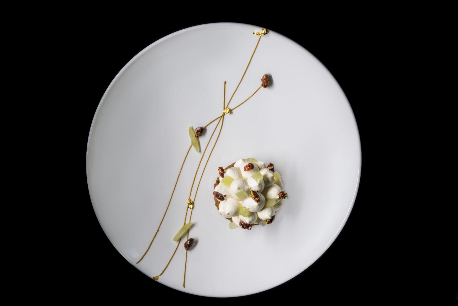 Alali_Restaurant_-_Fine_Dining_Experience_in_Santorini_11.jpg